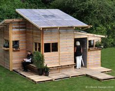 Lil Pallet House - made with used pallets!   Great idea for garden sheds and dog houses too! http://bit.ly/HruAWN