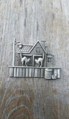 JJ Haunted House Brooch