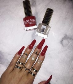 ✨✨✨✨✨✨✨ @victoriaoliviaxo _____________________________________________  #nails #nail #beauty #pretty #girl #girls #stylish #sparkles #styles #gliter #nailart #art #opi  #essie #unhas #preto #branco #rosa #love #shiny #polish #nailpolish #nailswag #anastasiabeverlyhills #vegas_nay #wakeupandmakeup #hudabeauty #acrylicnails #notpolish #instanails