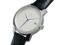 zeitwinkel mm Midsize - the 3 hands and an easily read date display We Watch, Smart Watch, Hands, Display, Watches, Clocks, Floor Space, Smartwatch, Billboard