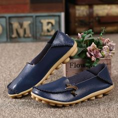 Big Size Soft Multi-Way Wearing Pure Color Flat Loafers is cheap and comfortable. There are other cheap women flats and loafers online Mobile. Loafers For Women, Loafers Men, Loafers Outfit, Comfy Shoes, Comfortable Shoes, Casual Shoes, Casual Wear, Loafers Online, Ladies Slips