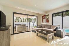 Vente Villas modernes neuves 4 pièces avec piscines - SAINT AYGULF (83370) - Chaque maison bénéficiant de sa piscine et d'un jardin - Belles prestations – Climatisation - Normes RT2012 - Style contemporain - Toit terrasse  à vendre à partir de : 390000 € - Immobilier neuf à SAINT AYGULFSAINT AYGULF - Réf. 1660YA