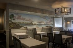 Seascape mural painting created for Beverly Farm's, MA restaurant, Dal Mare by David Ekizian of Ekizian Interiors. Residential Interior Design, Wall Finishes, Mural Painting, Metallic Paint, Art Decor, David, Restaurant, Interiors, Architecture