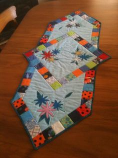 pinterest quilted table runners | Psychedelic Daisies Table Runner by Debra-May | Quilting Ideas