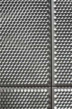 Image 7 of 14 from gallery of SAIT Parkade / Bing Thom Architects. Photograph by Nic Lehoux (Courtesy of Bing Thom Architects) Facade Design, Wall Design, Pattern Texture, Beton Design, Metal Screen, Perforated Metal, Building Facade, Facade Architecture, Installation Architecture