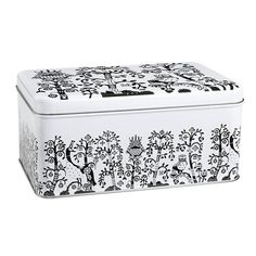 Buy the Taika Metal Box round by Iittala, the multi-purpose storage box by Klaus Haapaniemi, securely and affordably in the home design shop. Design Shop, My Home Design, Metal Box, Metal Tins, Design Bestseller, By Lassen, Tin Boxes, Small Storage, Small Boxes