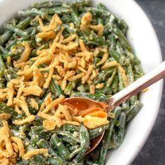 Green Bean Casserole An easy, creamy low carb zesty green bean casserole that's loaded with tangy flavor! Great for Keto and Gluten-free diets. The Best Green Beans, Lemon Green Beans, Frozen Green Beans, Broccoli Salad Bacon, Bacon Salad, Creamy Mustard Sauce, Green Bean Casserole, Deep Dish, Vegetable Recipes