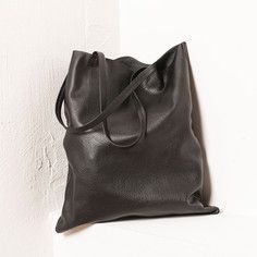 Leather Swag Bag Black, 62€, now featured on Fab.
