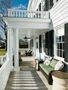 Topping Rose House hotel and restaurant front porch in Bridgehampton, NY