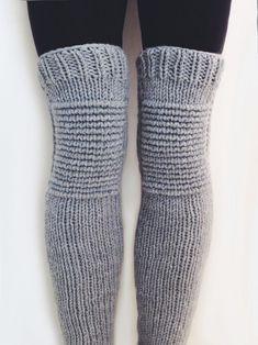Crochet Leg Warmers, Knit Crochet, Crochet Socks Pattern, Legging Outfits, Boot Cuffs, Knitting Socks, Knit Socks, Knitting Patterns, Knitting Projects