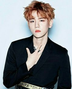 Name someone hotter than Byun Baekhyun, I'll wait. #fireemoji