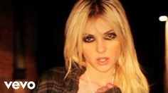 Music video by The Pretty Reckless performing Make Me Wanna Die. (C) 2010 Interscope Records