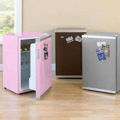 mini fridges for your kids/teens room to keep snacks and drinks cool