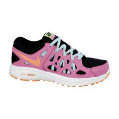 Το γυναικείο αυτό παπούτσι της Nike ροζ-μαύρο με γαλάζιες λεπτομέρειες διαθέτει: Εξωτερικό πλέγμα, που επιτρέπει την καλύτερη κυκλοφορία του αέρα. Ενδιάμεση σόλα Phylon για καλύτερη απορρόφηση κραδασμών. Εξωτερική σόλα από καουτσούκ για βέλτιστη πρόσφυση και μέγιστη αντοχή. Shoes 2014, Running Women, Partner, Running Shoes, Sneakers, Link, Fashion, Runing Shoes, Tennis