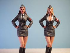 New From Aurora Model – 1/24 Military Girl - WWII Modeller - Salute Our Veterans by Supporting the Businesses of www.VeteransDirectory.com and Hiring Veterans. Post Jobs at www.HireAVeteran.com