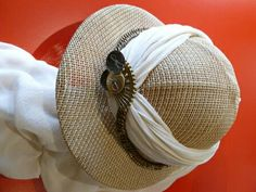 Great steampunk hat for the explorer types.