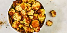 You Won't Even Care Zucchini Parmesan Chips Are Low-Carb Parmesan Chips, Zucchini Parmesan, Zucchini Fries, Zucchini Chips Recipe, Best Keto Diet, Diet Recipes, Delish, Easy Meals, Low Carb