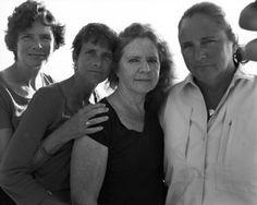brown sisters - Nicholas Nixon 16