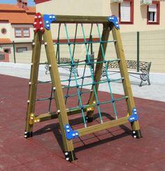 parque infantil de madera con cuerdas de escalada de uso publico asl indalchess