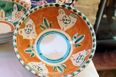 Piatti ceramiche dipinte a mano Vietri sul Mare, Campania Italy ceramics italian dishes dinnerware handmade and handpainted in Italy