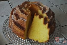 Cake with egg liqueur NejRecept. Kefir, Cheesecakes, Food Hacks, Waffles, Muffin, Sweets, Bread, Baking, Breakfast