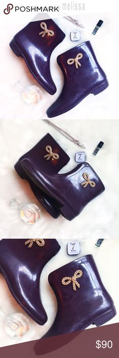 ☼HP♧ᴍᴇʟɪssᴀ ᴡᴇʟʟɪɴɢᴛᴏɴ ʙᴏᴏᴛɪᴇs[7]• • \\Mel by Melissa// *Rare* + sold out by sold Here///Wellington Gold Bow design + Burgundy Rubber Rain Booties ::: Worn with love but still has plenty of, heart left ::: Size [7] ::: Originally[$136] ::: Made in the glamours USA ::: Conceived in Brazil ::: In good condition ::: Worn a dozen times but sturdy ::: Scuff marks [see photos] not visible when on ::: No holes ::: No rips ::: Sole is in excellent condition ::: Overall good///used condition…