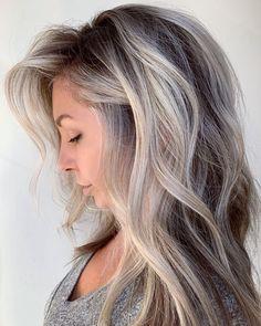 60 Shades of Grey: Silver and White Highlights for Eternal Youth - - Soft Cool Ash Brown Balayage If you are struggling with graying brown hair, try a partial balayage with chunky highlights near the face where grays are most noticeable. Grey Brown Hair, Grey Blonde Hair, Light Brown Hair, Brown Hair Colors, Ash Gray Hair Color, Brown And Silver Hair, Medium Ash Blonde Hair, Brunette Hair, Hair Medium