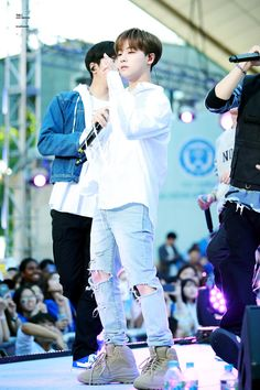 Ikon Kpop, Kim Jin, Favorite Person, One And Only, Boy Groups, Songs, Couple Photos, Concert, Idol