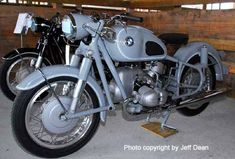 """""""Bristol gray"""" was another color available on special order. The to the right was displayed at the BMW MOA international rally in West Bend, Wisconsin, in July Bmw Vintage, Vintage Bikes, Retro Bikes, Scooters, Bike Bmw, Bmw Boxer, Motor Works, Old Motorcycles, Old Bikes"""