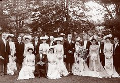 https://flic.kr/p/SjFt9 | 1900s Wedding Dress | Group pose for wedding photograph. Look at the beautiful Edwardian hats. [LC-USZ62-100325]