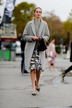 Lauren Santo Domingo dressed down a grey sequin skirt look by pairing it w/ a simple grey sweater & coat combo - Paris Fashion Week Julie Pelipas, Paris Cool Street Fashion, Street Chic, Look Fashion, Paris Fashion, Trendy Fashion, Paris Street, Holiday Fashion, Girly Outfits, Trendy Outfits