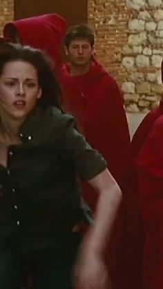 Twilight Movie Scenes, Twilight Videos, Twilight Quotes, Twilight Book, Twilight Pictures, Alice Cullen, Edward Cullen, Tris E Quatro, Twilight Bella And Edward