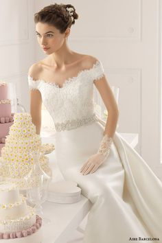 Aire Barcelona's 2015 bridal collection