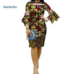 Vestido curto com estampa étnica e mangas compridas bufantes
