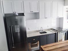 [17/09/2016] Faz tempo que não posto nenhuma foto aqui! Essa é a atualização da  cozinha! Estamos quase lá! #Style #kitchen #scandinavian #scandinaviandesign #scandinaviankitchen #cozinha #amor #deco #marcenaria #decoracao #gray #white #home #lar #casa #apartamento #ape #apartamento136