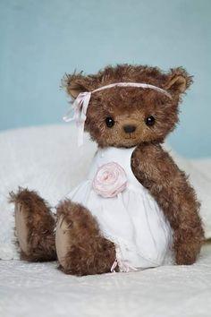 Vivien By Zakovorotnaya Olga - Bear Pile