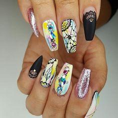 WEBSTA @ chellys_nails - Client request Inspired by Using gels matte top coat Mandala Nails, Mandala Art, Great Nails, Cute Nails, Nail Pro, Nail Tech, Stiletto Nails, Glitter Nails, Dream Catcher Nails