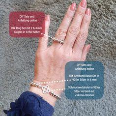 Lust auf eine kreative Auszeit? Armbänder, Ohrringe, Ringe, Mala-Ketten und mehr kannst Du Dir online im Glitzerstein DIY Onlineshop unter www.Glitzerstein.shop zusammenstellen und mit Hilfe unserer DIY Anleitungen auch selbst anfertigen.  . . . #Glitzerstein #Glitzersteinmuenchen #perlenladen #diyschmuck #schmuckdiy #schmuckkurs #schmuckworkshop Armband Diy, Shops, Diy Rings, Ring Set, Diy Schmuck, Engagement Rings, Jewelry, Silver Pendants, Time Out