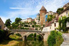 Balade dans la France médiévale. Semur-en-Auxois.