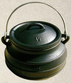 Our Flat Medieval Cooking Pot 10 Quart size has the same features as our cast iron Medieval Cooking pots. This Flat bottom Cooking Pot includes a well-fitted lid and carrying handle. Pre-seasoned with flaxseed oil and made from pure gray cast iron. Survival Food Kits, Camping Survival, Outdoor Survival, Survival Skills, Survival Supplies, Wilderness Survival, Camping Meals, Emergency Go Bag, Emergency Food Supply