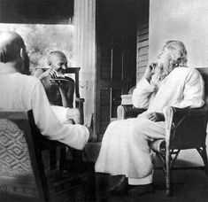 Mahaguru and Mahatma: A Reflection on the Relationship between Tagore and Gandhi Rare Images, Rare Pictures, French Quotes, Spanish Quotes, Rabindranath Tagore, New Beginning Quotes, Mr Wonderful, Mahatma Gandhi, Reading Time