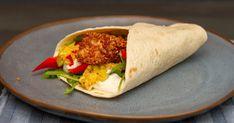 Fordel den tex-mex panerte laksen sammen med mangosalsa, sprø grønnsaker og kesam/lettrømme utover en tortillaslefse. Nyt en deilig og knasende laksewrap med god samvittighet! Håper det smaker!  Likte du oppskriften? Jeg vil gjerne høre Fresh Rolls, Mexican, Tex Mex, Ethnic Recipes, Food, Alternative, Essen, Meals, Yemek