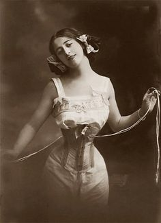 Vintage corsetry | Generally speaking, throughout the history of various cultures, societies and religions right up to the present day, it seems women are always torturing themselves one way or another in the name of fashion.