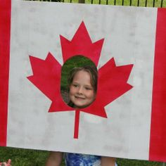Canada Day is coming! Get ready for fun rewards! Canada Day 150, Canada Day Party, Crafts To Make, Crafts For Kids, Diy Crafts, Canadian Party, Canada Day Fireworks, Canada Day Crafts, Happy Birthday Canada