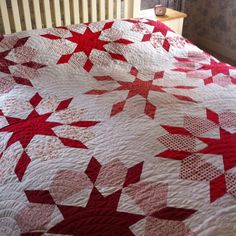 red and white swoon quilt - hmm maybe I will make mine in yellow or yellow and grey!