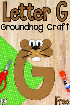 "Your preschoolers are going to ""dig"" making this Letter G Groundhog Craft as they work on learning the ABC's and celebrate Groundhogs Day! #groundhogdaycraft #lettercraft #craftforkids #learningtheabcs #letterrecognition"
