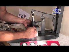 Maquina, prensa para suajar y ojillar (Machine, press for cutting and eyelets) Metal Tools, Workshop, Make It Yourself, Youtube, Welding, Garage, Closet, Scissors, Homemade Tools