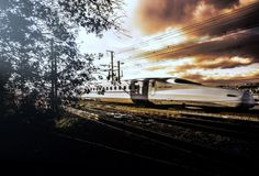 新幹線Ⅱ by Kiyoshi Iida on 500px