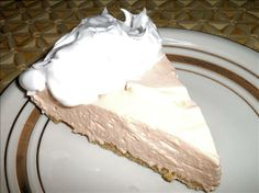 Orange Dreamsicle Pie from Food.com: Tastes just like an orange dreamsicle! Cool and refreshing for hot summer days!
