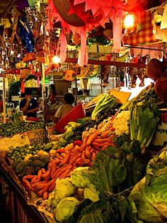 Tlaquepaque Market Stall   Photo by Olden Mexico with Pin-It-Button on fineArtAmerica